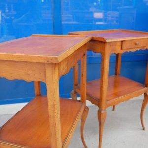 coppia di comodini in ciliegio fine 800 h 67 cm stile luigi x 01