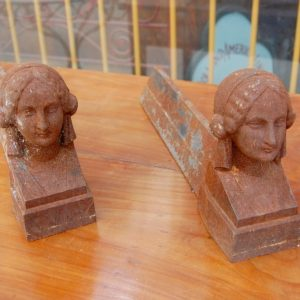 oggettistica coppia di alari in ghisa raffiguranti figura femminile 01 7