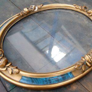 oggettistica cornice in legno dorato scolpito con rose in bella evidenza rifinito con laccatura azzurra 01