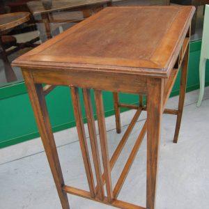 tavolino in ciliegio massello fronte 70 cm 01 3