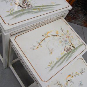 4 tavolini cinesi ad incastro dipinti lato maggiore 51 cm 01 5