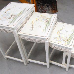 4 tavolini cinesi ad incastro dipinti lato maggiore 51 cm 01 7