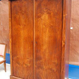 armadio luigi filippo in piuma di noce fronte 137 cm meta 800 01 12