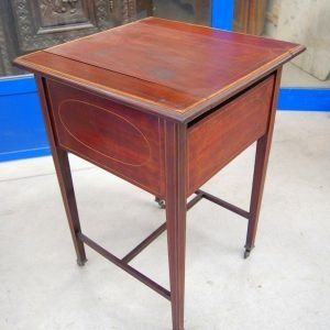 tavolino porta posate inglese in mogano 800 fronte 50 5 cm 01 5