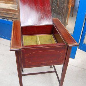 tavolino porta posate inglese in mogano 800 intarsiato in acero fronte 50 5 cm 01