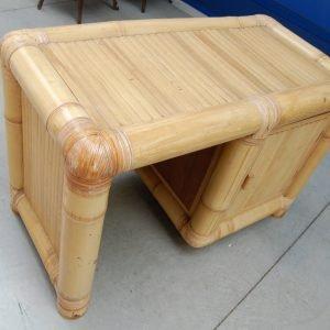modernariato scrivania in bambu anni 60 fronte 120 cm 01 9