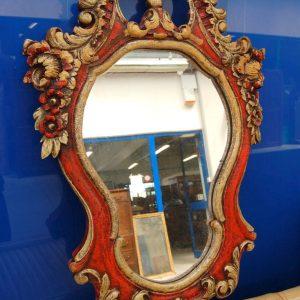 specchio specchiera scolpita con fiori e volute laccata dorata inizio 900 h 111 cm 01 13