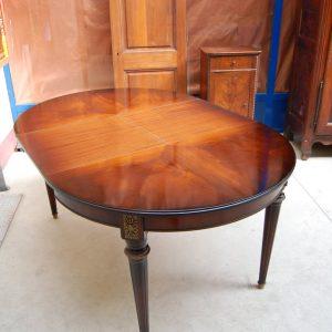 tavolo rotondo diametro 109 cm h 86 cm 01 13