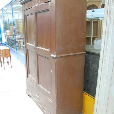armadio rustico in pioppo 800 piemontese a due ante fronte 128 cm 01 6