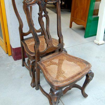 coppia di sedie inglesi chippendale 800 noce e paglia di vienna 01 14