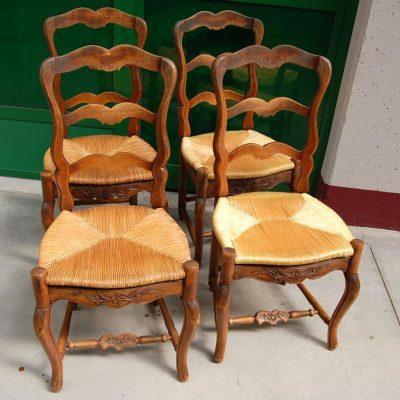 4 sedie provenzali in faggio scolpite seduta in paglia 01 10