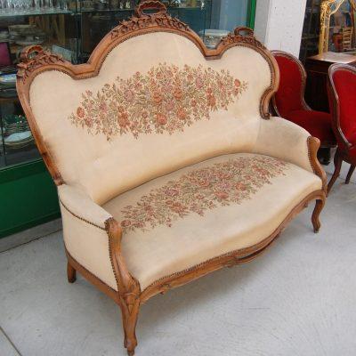 divano luigi filippo a 3 posti in noce 800 stoffa ricamata 01 15