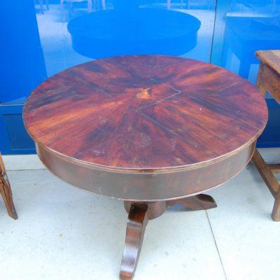 tavolo 800 mogano carlo x con lepre intarsiata diametro 103 cm 01