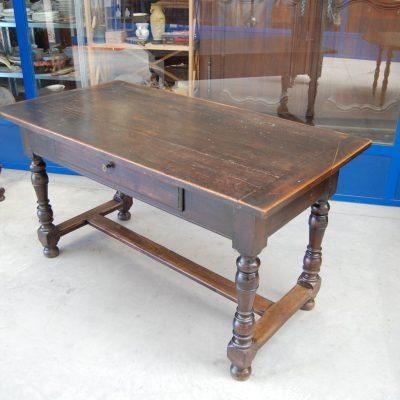 tavolo tipo fratino gambe a rocchetto noce 800 lato 145 cm 01 1