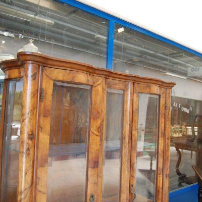 vetrina chippendale lastronata in noce h 166 cm 01
