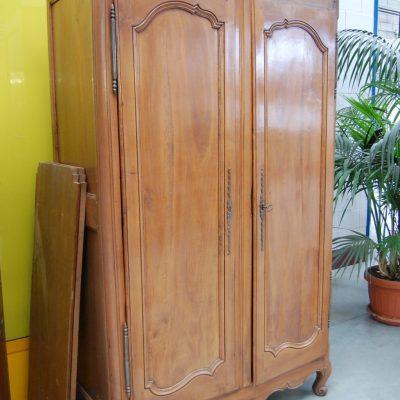 armadio in ciliegio 800 stile luigi xv fronte 131 cm 01 15