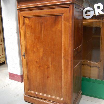 armadio stipo ad un anta in ciliegio fronte 102 cm 800 01 8