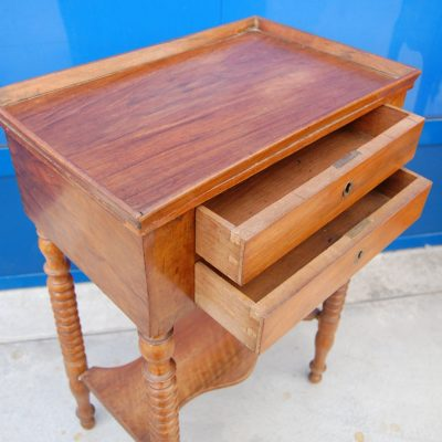 tavolino da lavoro in mogano h 70 cm 01 4