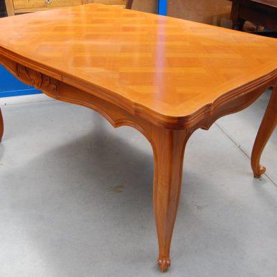 tavolo allungabile a tiro provenzale in ciliegio lato 150 cm 01 12