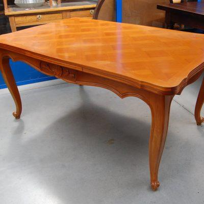 tavolo allungabile a tiro provenzale in ciliegio lato 150 cm 01 3