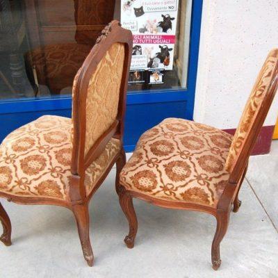 Coppia di sedie in stile Rocaille 800 imbottite in noce Italia 202636000037 2