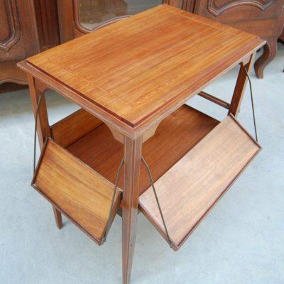 Tavolino di servizio da colazione in mogano con filetto di intarsio e pianett 193000055027