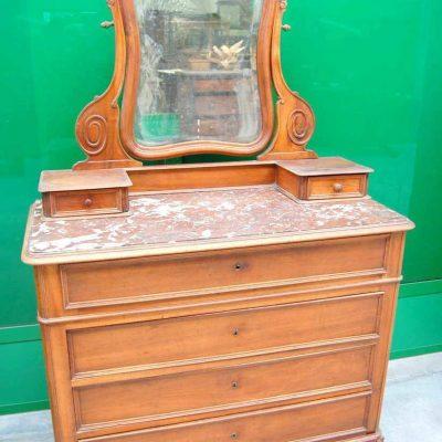 Com rocaille 800 con specchio scolpito e piano in marmo di Verona fronte 11 193486734059